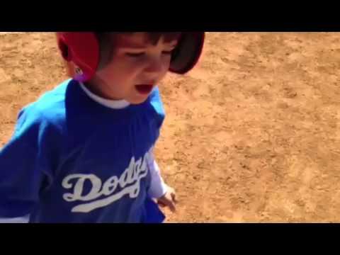 ちびっこ野球の試合で・・・